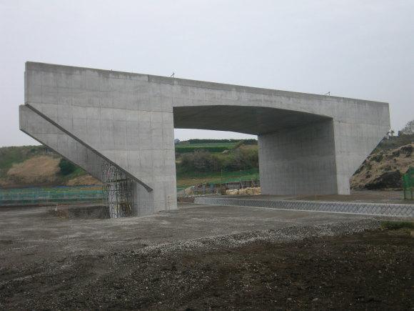 三浦縦貫道(近景)